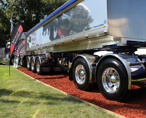 Chrome alloy rims on trailers